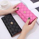 Black & Pink Queen