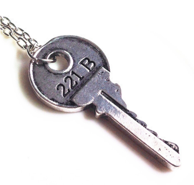 Necklace Key Round Silver
