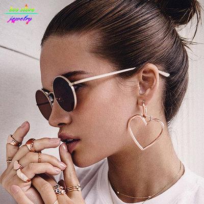 Double Hearts Earrings Gold