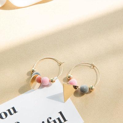 Lovely Pluche Earrings Gold
