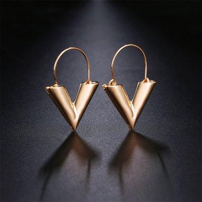 LV Earrings Gold