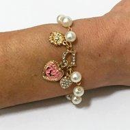 Bracelet Charm Hearts Meet Simulated Pearls